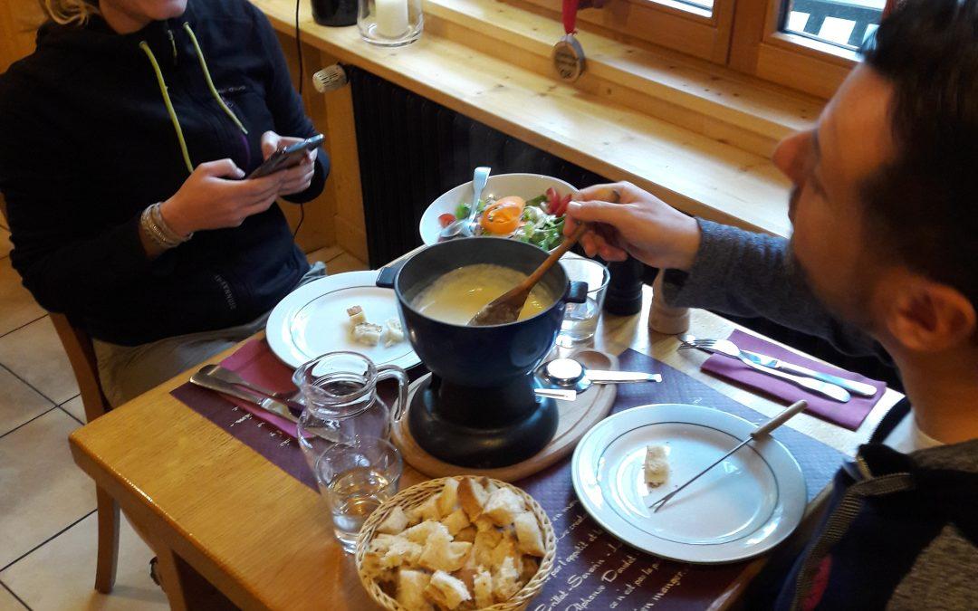 Un restaurant qui vous propose des fromages de la région